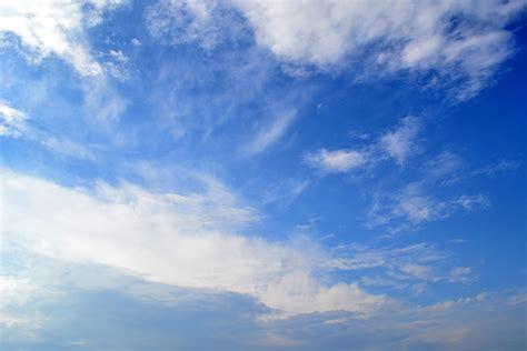 background awan biru  background check