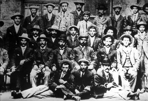 General - General - E-Jewish Immigrants from Krakenawo 1901