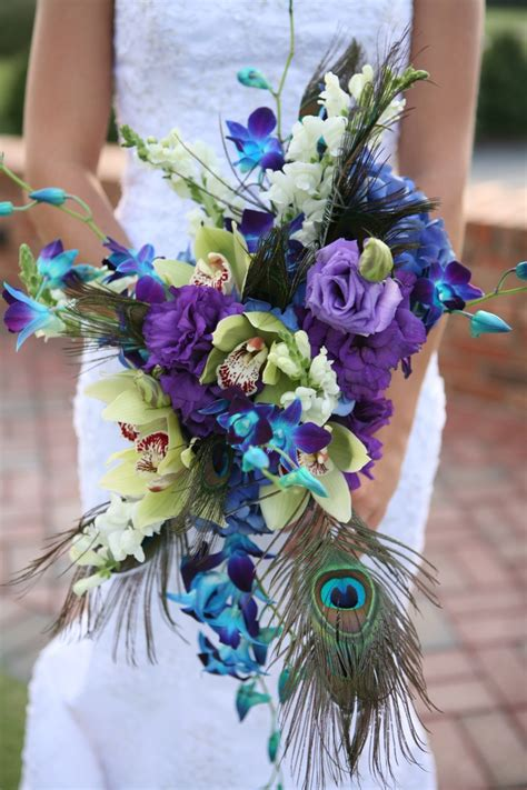 picture  awesome peacock wedding ideas