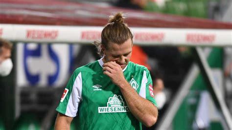 Jetzt bestellen im offiziellen werder ticketshop! Werder Bremen: Bitter! Niclas Füllkrug fehlt gegen den FC ...