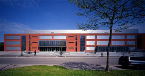 Fenster Und Tuerenkreisberufsschulzentrum In Biberach by Gebhard M 252 Ller Schule In Biberach Nachhaltig Bauen