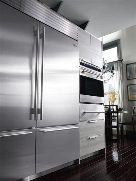 biuo   built  bottom freezer refrigerator   adjustable spill proof glass
