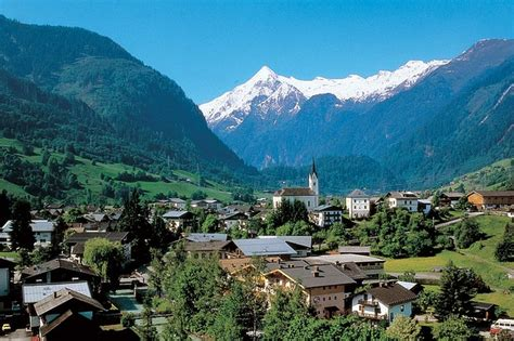Kaprun Town Hall Weddings – Weddings at Kaprun Town Hall ...