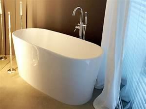 Freistehende Badewanne Mineralguss : bellagio freistehende mineralguss badewanne wei matt oder gl nzend 154x67x64 oval modern ~ Sanjose-hotels-ca.com Haus und Dekorationen