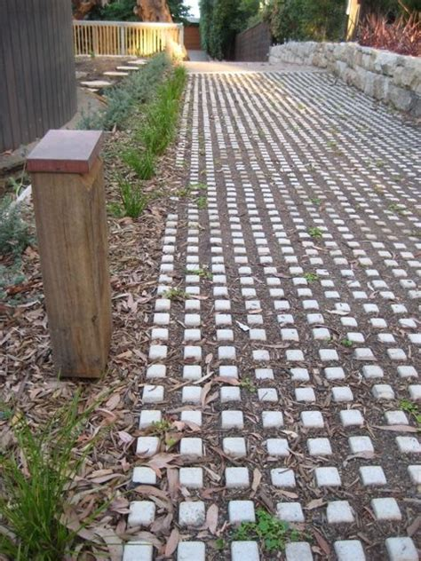 green driveway material 17 best images about permeable driveways on green green homes and driveways