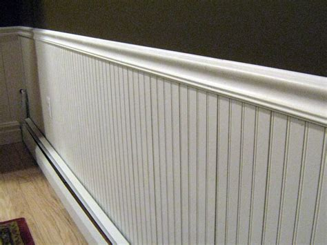 Installing Beadboard Sheets : Installing Wainscoting, Baseboards And Chair Rail