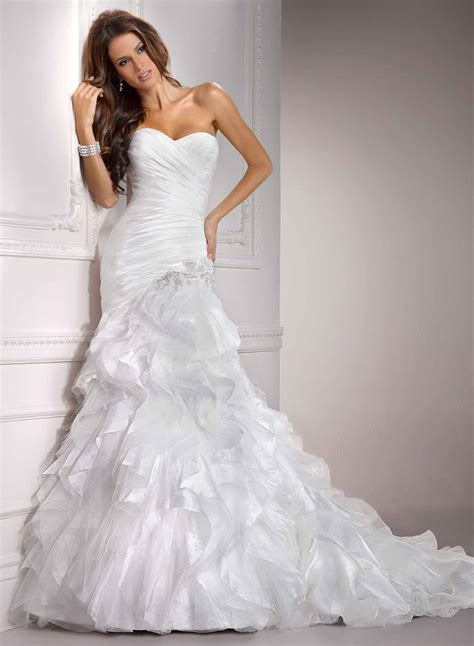 20 Inspired Winter Bridal Luxury Wedding Dresses Magment