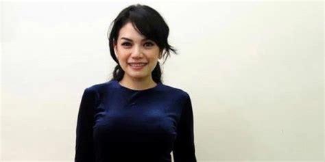 Nikita Mirzani Kecewa Divonis Empat Bulan Penjara Portal