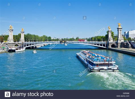 Bateau Mouche Seine River Cruise by River Seine Cruise Boat Bateaux Mouches And The Pont