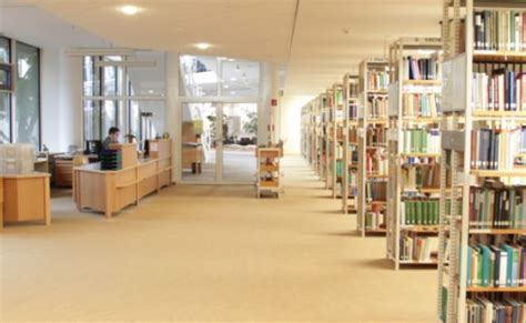 Studienzentrum Haus Birkach, Stuttgart, Bibliothek