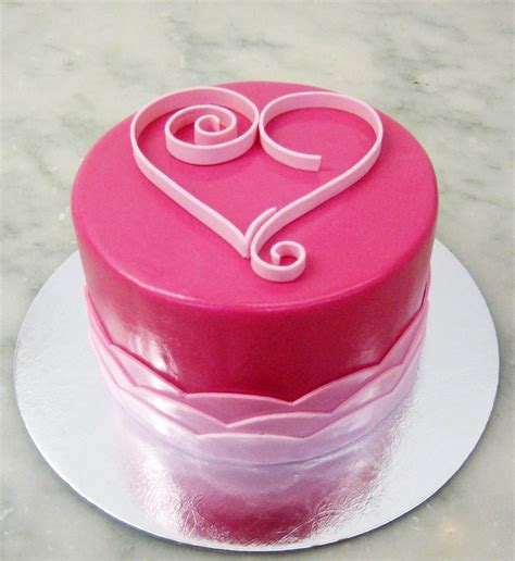valentines day heart shaped cake designs indian