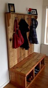 Rustic Pallet Wood Hall Tree Pallet Ideas: Recycled