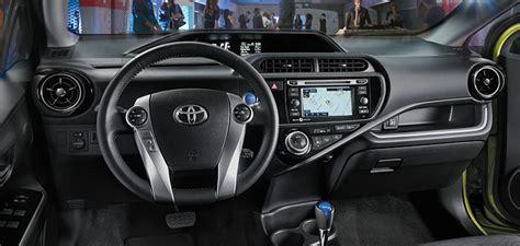 2016 Toyota Prius C Review