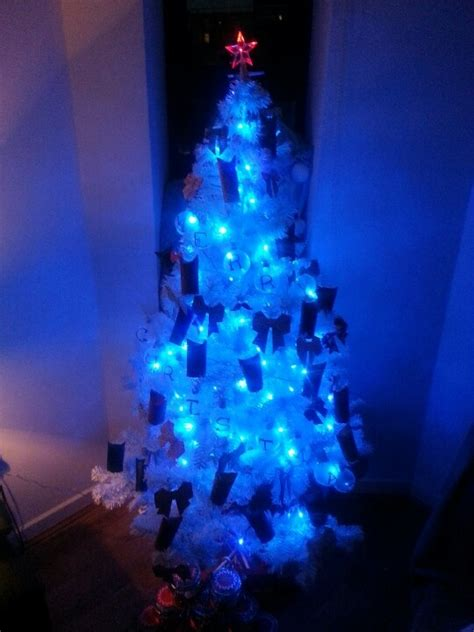 tree blue lights www imgkid the image