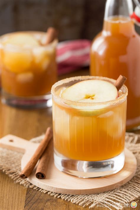 This apple cider cocktail tastes just like apple pie. APPLE PIE CINNAMON COCKTAIL | Cooking on the Front Burner