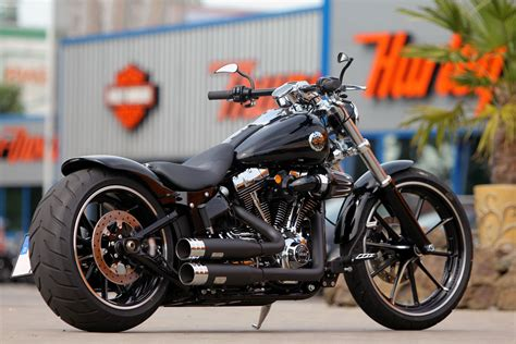#harley-davidson Softail Breakout By #thunderbike