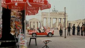 Coca Cola Angebot Berlin : coca cola and the fall of the berlin wall the coca cola company ~ Yasmunasinghe.com Haus und Dekorationen