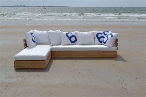 fabrication d un canapé canapé en d 39 angle modulable en chêne massif et voiles de