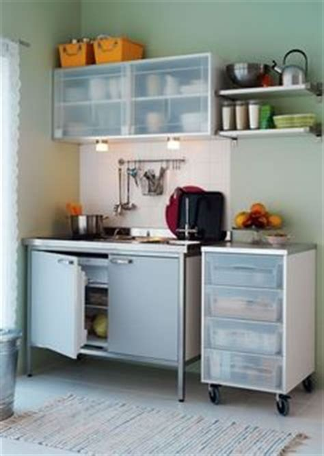 mini cuisine ikea mini cuisine quot sunnersta quot et une plaque d 39 induction