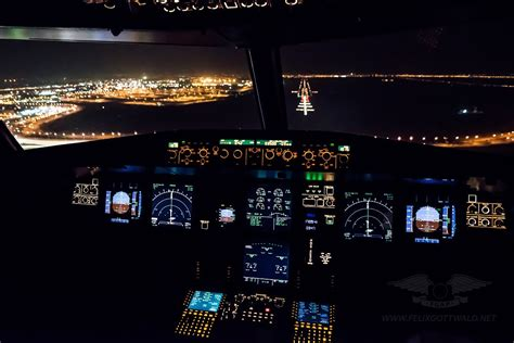 approach  cairo  night   airbus