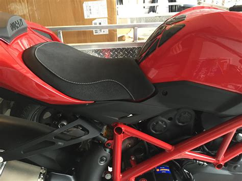 Ducati Performance Comfort Seat. Before And After Pics