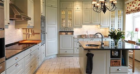 pictures of small kitchen designs 27 best images about pia s happy kitchen on 7486