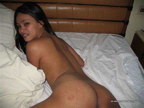 Very Small Girl Nude Having Sex