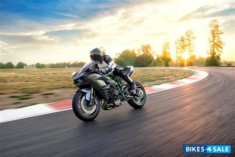 Kawasaki Ninja H2r Price, Specs, Mileage, Colours, Photos