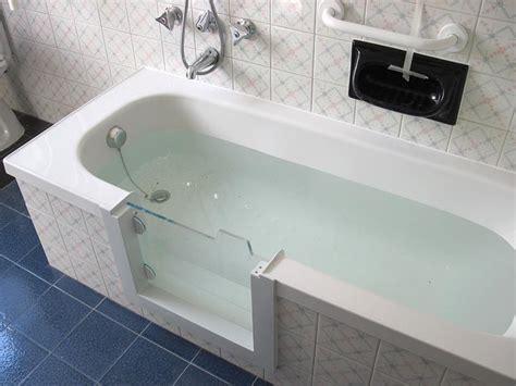 vasca da bagno sportello vasche con sportello alex giurato by vasca ok