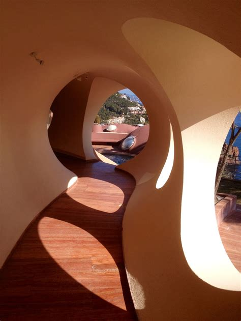 palais bulles pierre cardins unusual house  cannes