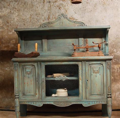 customiser des meubles de cuisine comment patiner un meuble idées et guide bricobistro