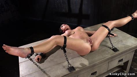 Anal Hooked Babe Made Squirting In Bdsm Eporner