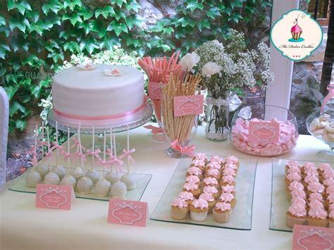 Mesa Dulce Para Boda Con Cupcakes, Macarons, Nubes, Tarta