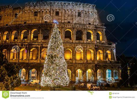 Wie Feiern Italiener Weihnachten by Kolosseum Rom Italien Auf Weihnachten Stockfoto