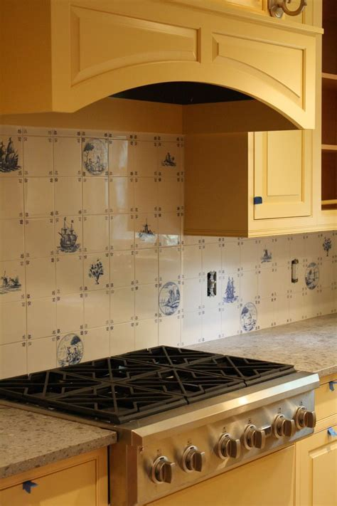 25  best ideas about Tile back splashes on Pinterest   The