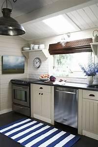 Teppich In Küche : blauer teppich suchen sie nach einem modernen teppich in blau ~ Markanthonyermac.com Haus und Dekorationen