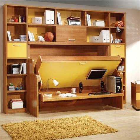 bureau avec rangement au dessus le lit rabattable est une d 233 cision parfaite pour les petits espaces archzine fr