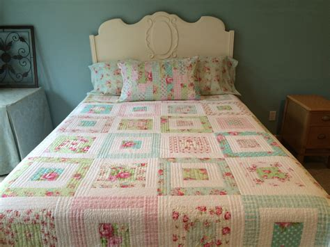 shabby chic quilt pattern shabby chic quilt made to order tanya by comfortandjoyfabrics
