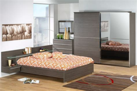 chambre à coucher pas cher les concepteurs artistiques chambre coucher adulte moins cher