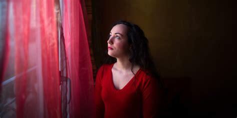 Florence porcel est auteure, journaliste, comédienne, blogueuse et spécialiste des sciences de l'interview de florence porcel réalisée à l'occasion des 111 ans de decitre par la booktubeuse. Frenchwoman Florence Porcel Has Just Signed Up To Die On Mars   HuffPost UK