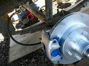 Top Reasons To Convert Trailer Drum Brakes With Titan
