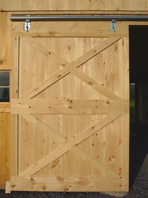 barn door construction   build sliding barn doors