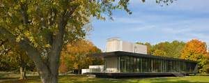 Bright, Creekside Home in Maryland Built for Its Views