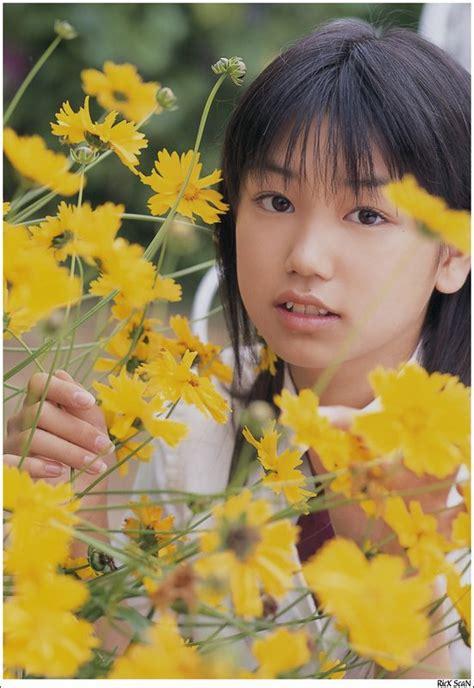 honoka ayukawa japanese idol  junior idol girls