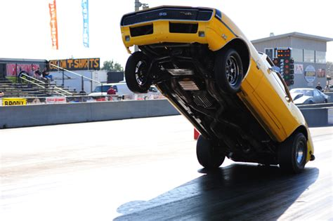 lights out v drag illustrated s coverage of drag radial s wheel stands epic bumper draggers from lights out v