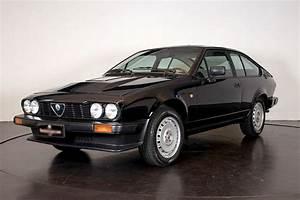 Alfa Romeo Gtv6 Occasion : alfa romeo gtv6 1982 catawiki ~ Medecine-chirurgie-esthetiques.com Avis de Voitures
