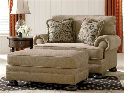 Large Armchair Loveseat by Comfortable Oversized Chairs In Your House Wearefound