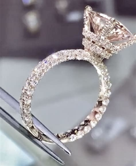Pin By Berenic Vila On Amore Engagement Rings