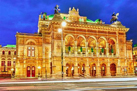 Cheap flights to Vienna