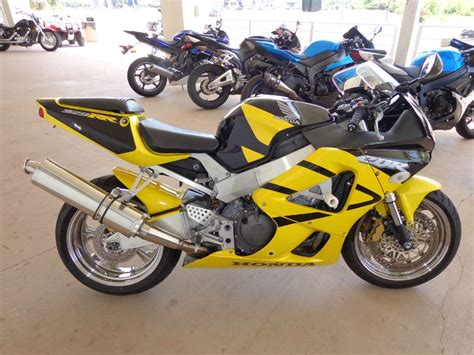 cbr motorbike for sale page 1 new used cbr929rr motorcycles for sale new
